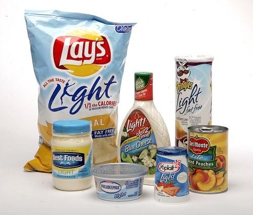 """Consideraciones y riesgos en los alimentos light y """"dietas milagrosas"""""""