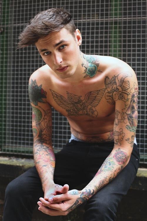 Tus tatuajes son permanentes porque tu sistema inmune pasa toda la vida combatiendo la tinta