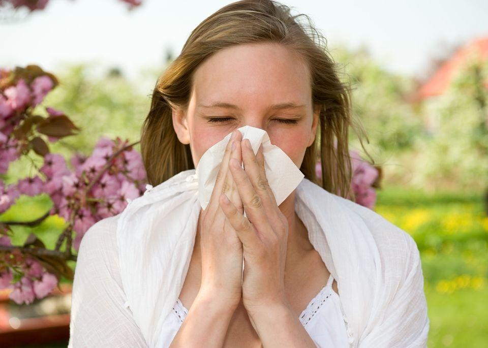 ¿Por qué algunas personas son más propensas a las alergias?