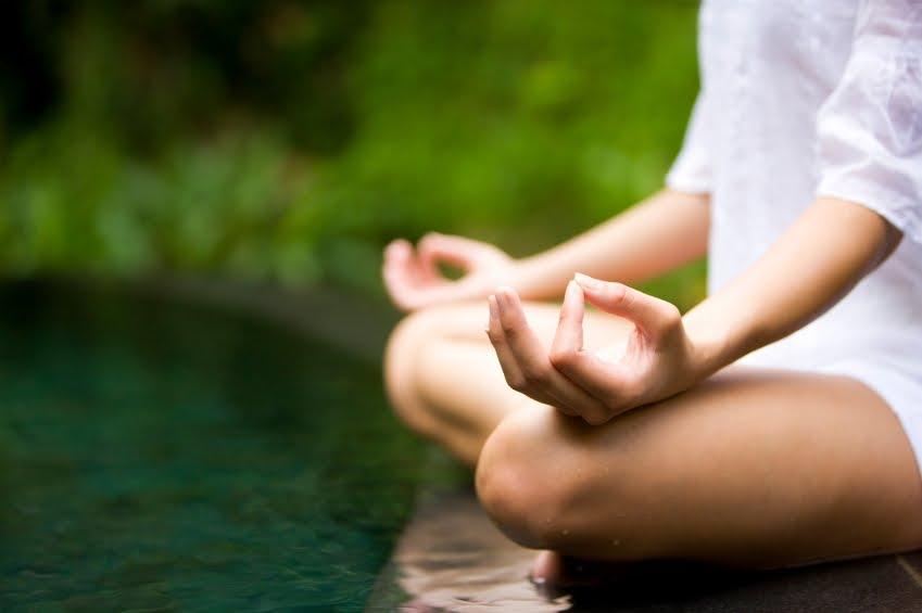 Un nuevo estudio relaciona hacer yoga con un estado de ánimo positivo