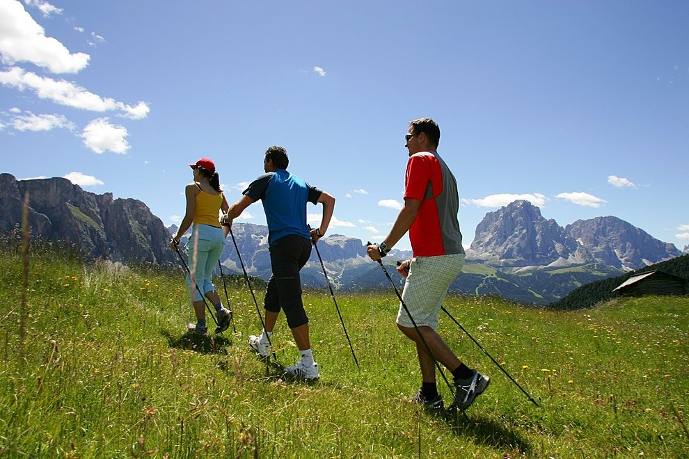 "El ""Nordic Walking"", la alternativa deportiva de ocio saludable"
