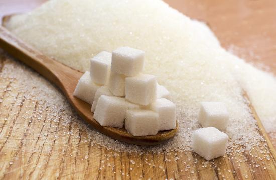 La ingesta de azúcares recomendada en la directriz de la OMS para adultos y niños