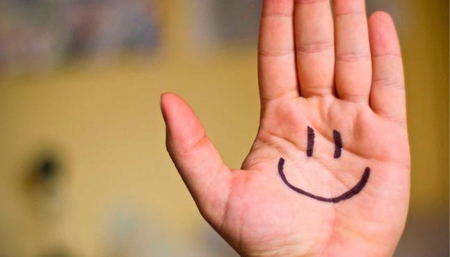 ¿Qué nos hace felices?, la pirámide de Maslow