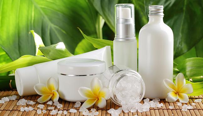 La cosmética tradicional cada vez más peligrosa y con menos controles